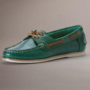 Frye Quincy Boat Shoe.💓